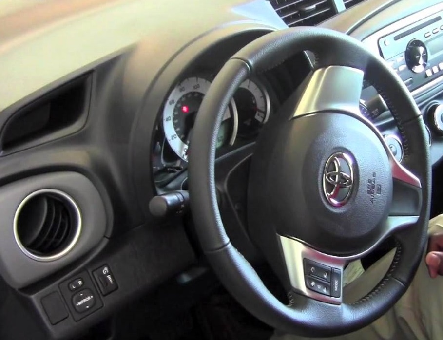 How to Center my Steering Wheel